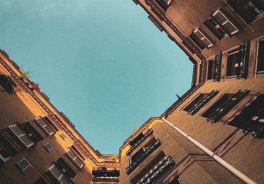 Un copropriétaire peut acquérir par prescription une partie commune d'immeuble après 30 ans d'occupation